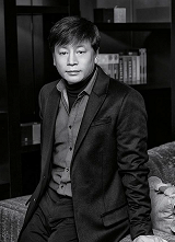 Kim Yong-hwa, a movie director who opened a new horizon for Korean cinema with his work Along with the Gods